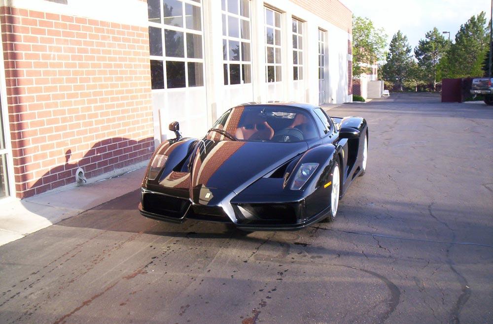 Ferrari-Enzo-1D